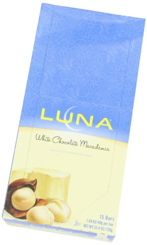 Luna bar white chocolate macadamia